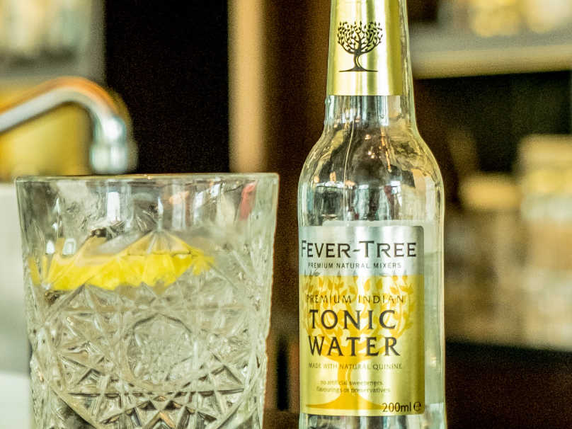 Mahler gin tonic sfeer soft drinks afbeelding